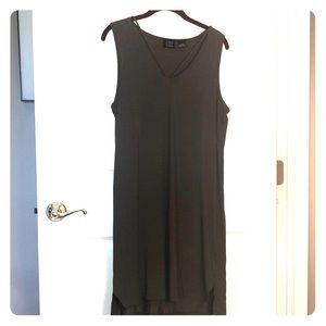 Evereve Press Dress size M olive shift dress